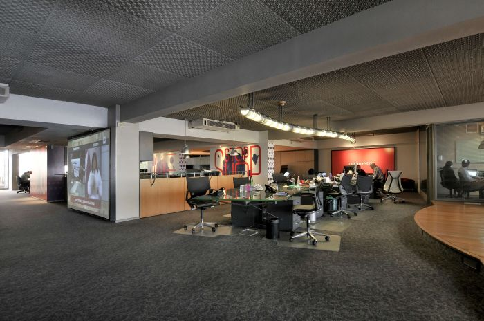 Moderna oficina en alquiler en Plaza Independencia
