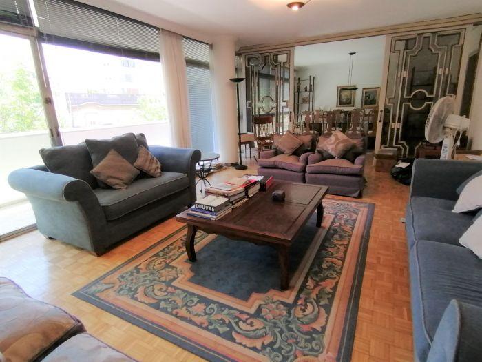 Alquiler Apartamento 3 Dormitorios y Servicio Punta Carretas