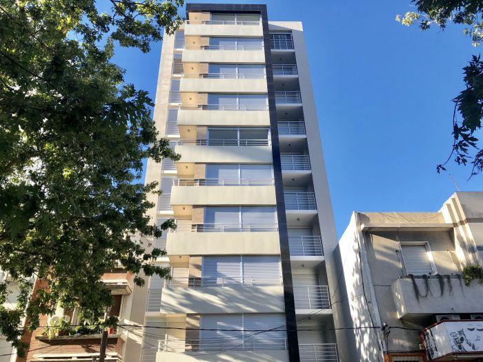 ¡venta con renta de Apartamento De 1 Dormitorio Con Patio En Pocitos!