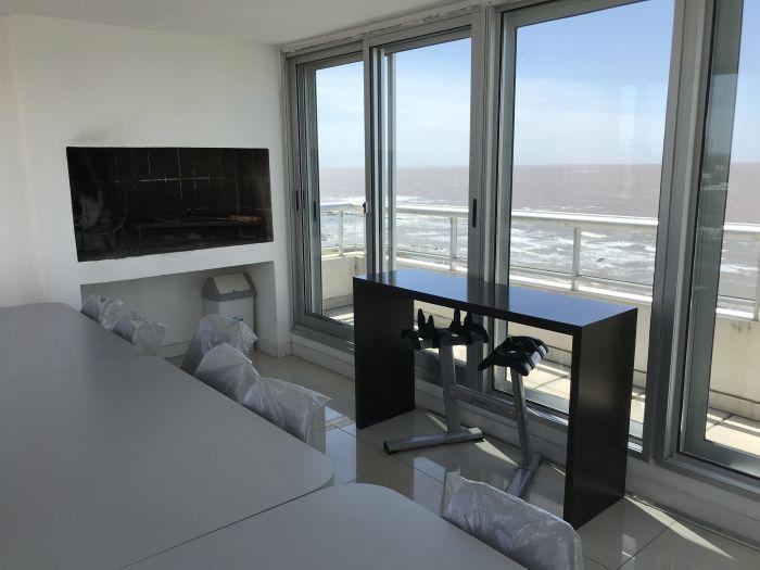 Venta con Renta Apartamento 1 Dormitorio Rambla Punta Carretas
