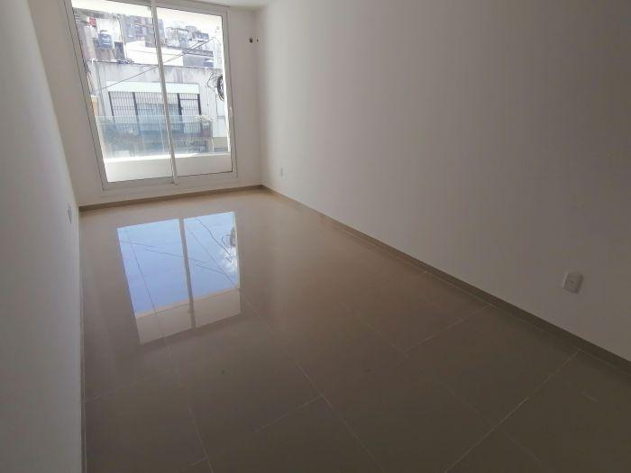 Apartamento en alquiler 2 dormitorios y garaje en Cordón!