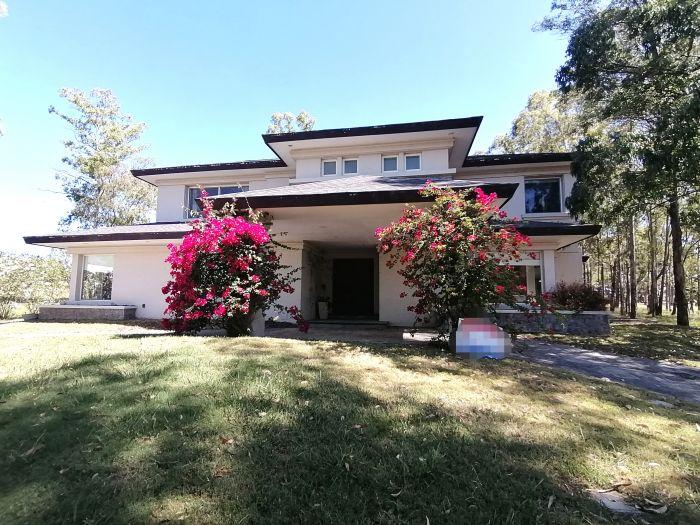 Exclusiva Casa 5 Dormitorios en Barrio Privado Cumbres de Carrasco
