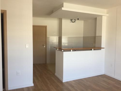 Alquiler De Apartamento Casi A Estrenar! 2 Dormitorios