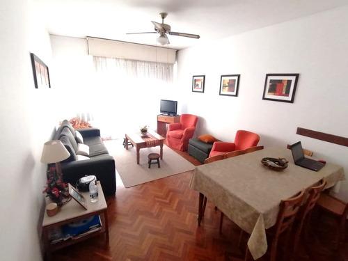 Venta Apartamento 2 Dormitorios Y Servicio - Centro