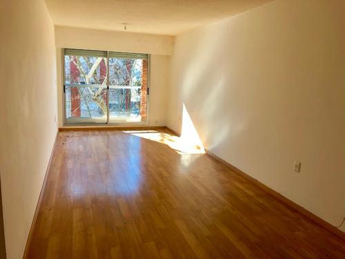 Venta Apartamento 2 Dormitorios Con Garaje Pocitos