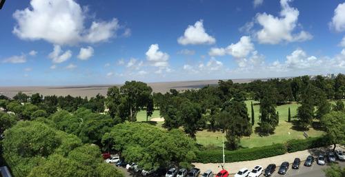 Apartamento En Venta Frente Al Golf En Punta Carretas!