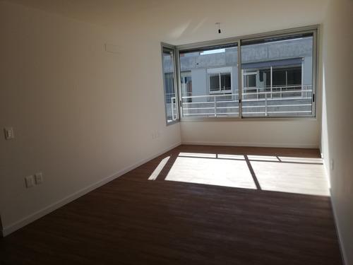 Venta Apartamento 2 Dormitorios En Parque Batlle!
