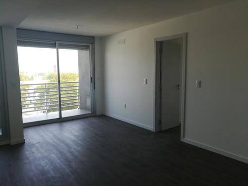 Venta Apartamento A Estrenar, 3 Dormitorios En La Blanqueada