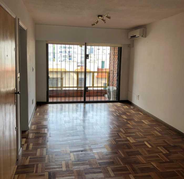 Venta apartamento 2 dormitorios con garage Punta Carretas
