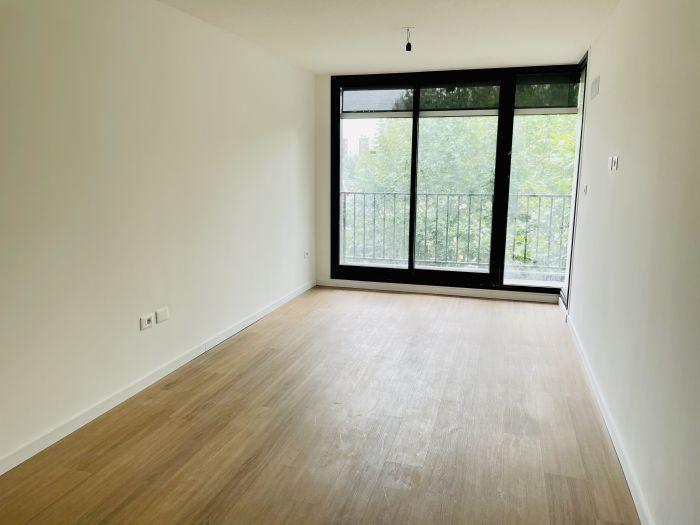 ¡Alquiler 2 dormitorios y garaje a estrenar en Cordón!