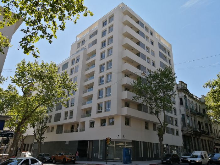 Venta Apartamento De 3 Dormitorios En Giardino Dei Fiumi!