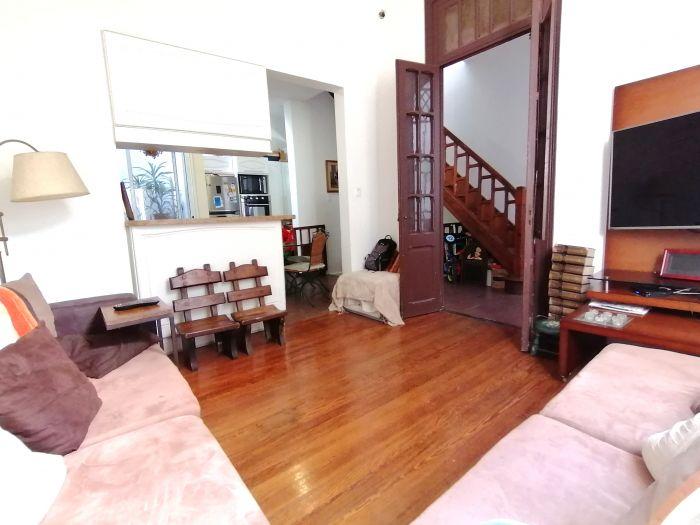 Venta Hermoso Apto tipo Casa 4 Dormitorios en Cordón Sur