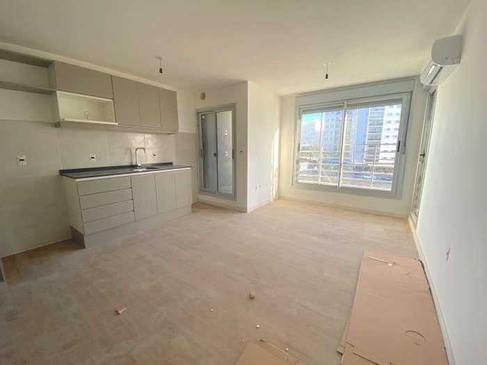 Venta Apartamento 2 Dormitorios La Blanqueada, Edificio 8cho