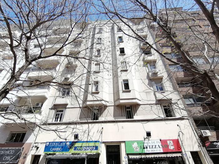 Apartamento 4 dormitorios y 2 baños en La Aguada