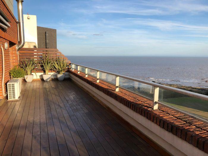 Apartamento Penthouse de 3 dormitorios a la venta en Punta Carretas