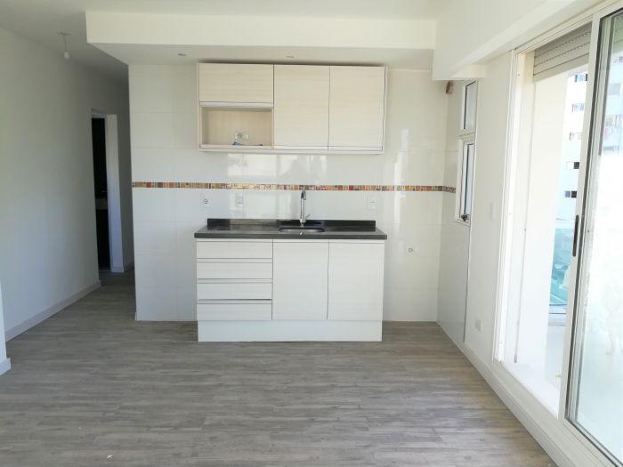 Alquiler Apartamento 1 Dormitorio y Parrillero Pocitos