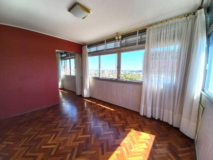 Venta de apartamento 2 dormitorios y garaje en Malvín