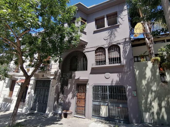 Venta de Casa 3 Dormitorios y Patio en Punta Carretas!