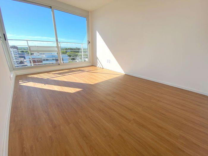 ¡Apartamento en venta con renta en La Blanqueada!
