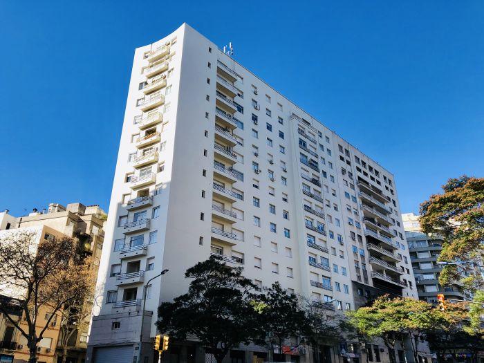 Alquiler Apartamento 3 dormitorios 2 Baños Paraguay y Mercedes